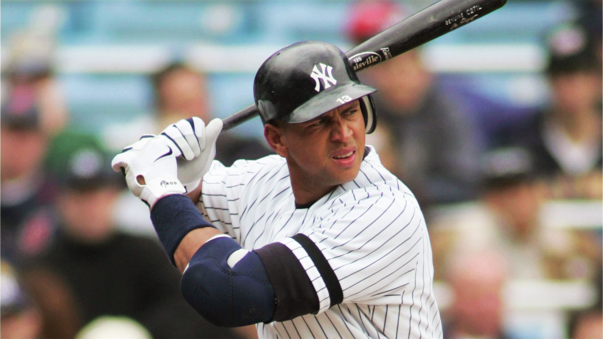The top 25 highest salaries in sports in 2013 2014 for Alex rodriguez mercedes benz