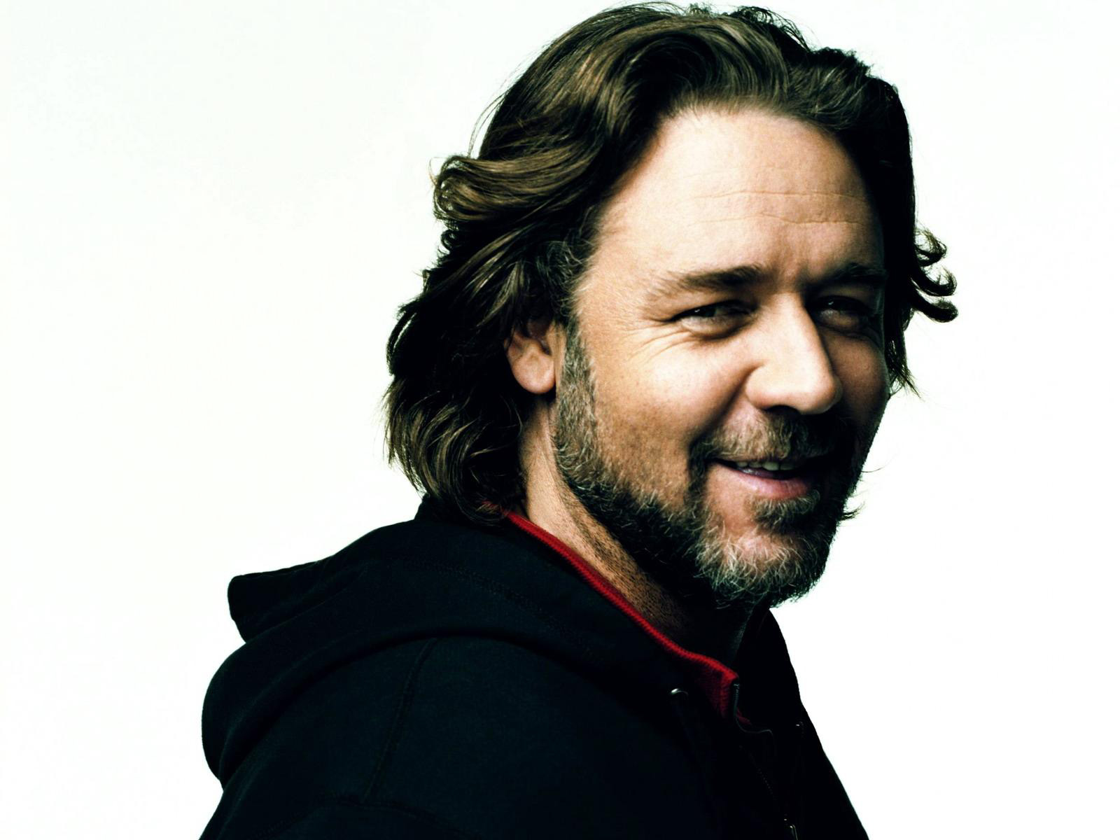 Russel Crowe Hollywood legend wallpaper