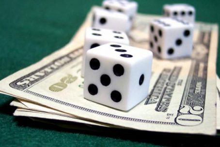 Money and dices