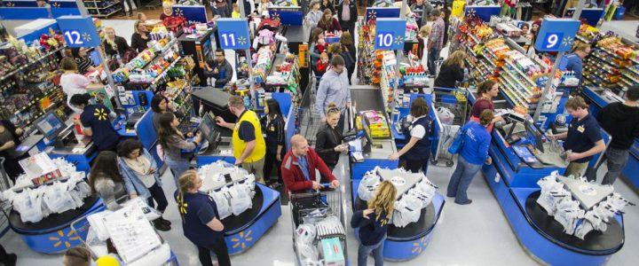 Walmart crowded at Thanksgiving